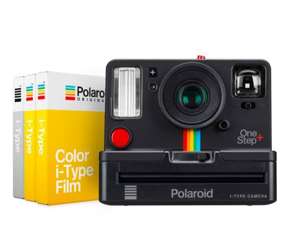 polaroid camera.png
