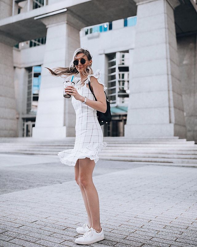 The breeze 🌬that took my hair right through my whipped cream and chocolate drizzle topping and onto my dress 🤷🏼♀️ always making a mess 🍦and always okay with it 〰️ especially when there's a milkshake near by! Pic: @imleahmichelle