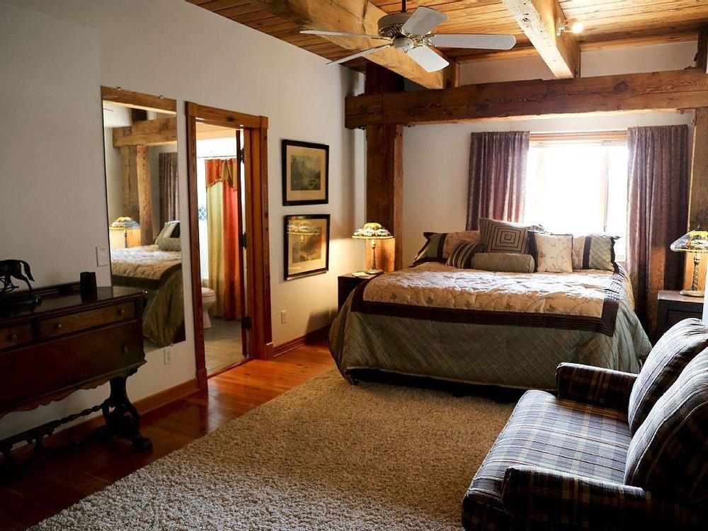 House - Bedroom.jpg