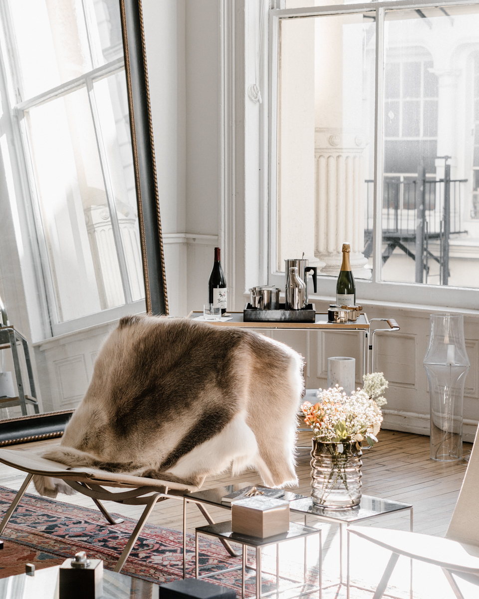 A LOVE LETTER TO THE APARTMENT BY THE LINE — LAURA C. | BEAUTY