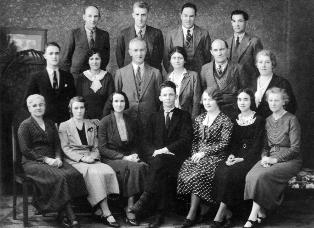 Staff Photo 1934.jpg