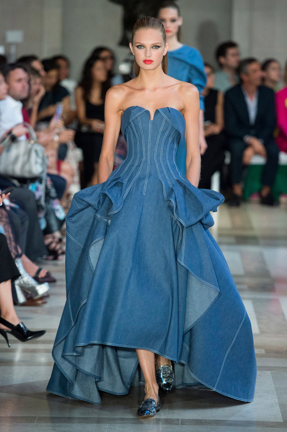 Carolina-Herrera-Spring-2017-Collection-NYFW-New-York-Fashion-Week-Runway-Looks-Tom-Lorenzo-Site-1.jpg