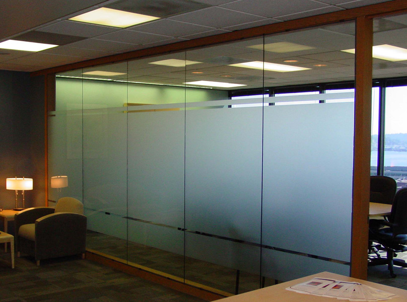 Conference Room Glass Film To Discourage Visual Intrusion