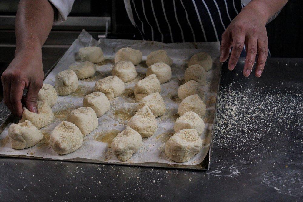 Baker prepping pandesal
