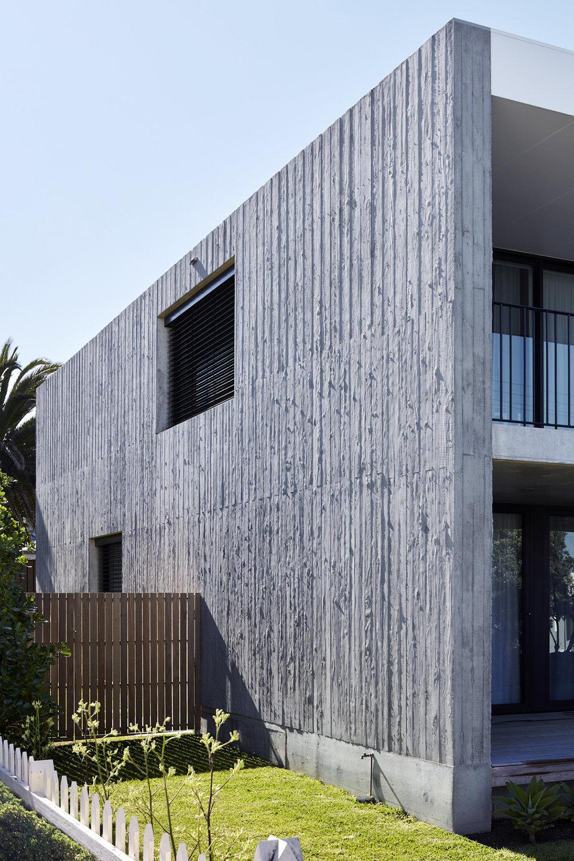 krivic-house-pt-elliot-exterior-back3.jpg