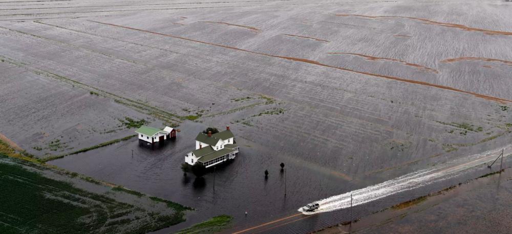 Image taken from:  https://www.vox.com/2018/9/17/17870020/hurricane-florence-photos-north-carolina