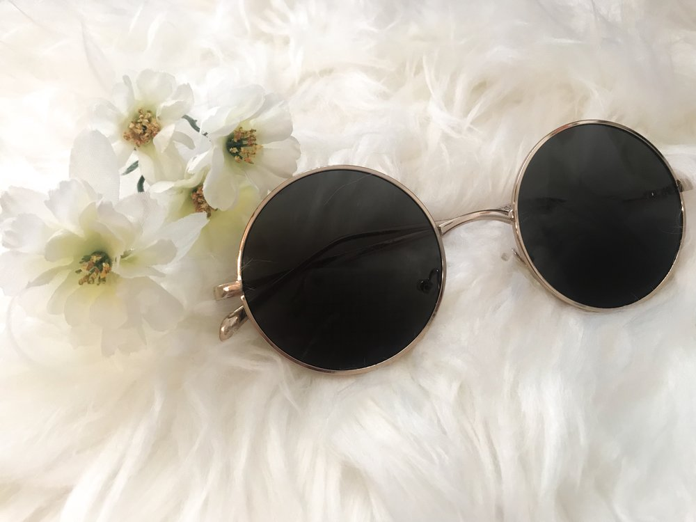 Round Frame Sunglasses $7.90 - Forever 21  - These are definitely my favorite sunnies this summer! I take them with me everywhere, and the best part is they are under $10!!!
