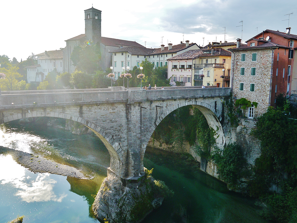 Cividale_del_Friuli_Teufelsbrücke_1.JPG