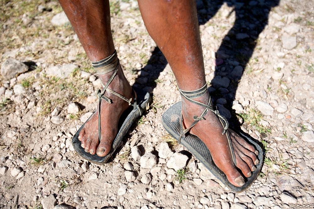 raramuri_barefoot_runners