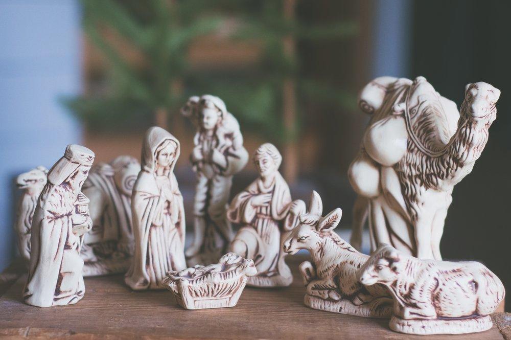 art-baby-jesus-blurred-background-1652405.jpg