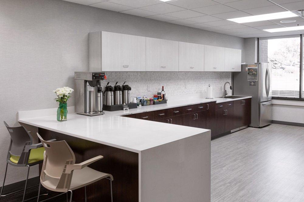 better_homes_gardens_breakroom_kitchen_wide_view.jpg