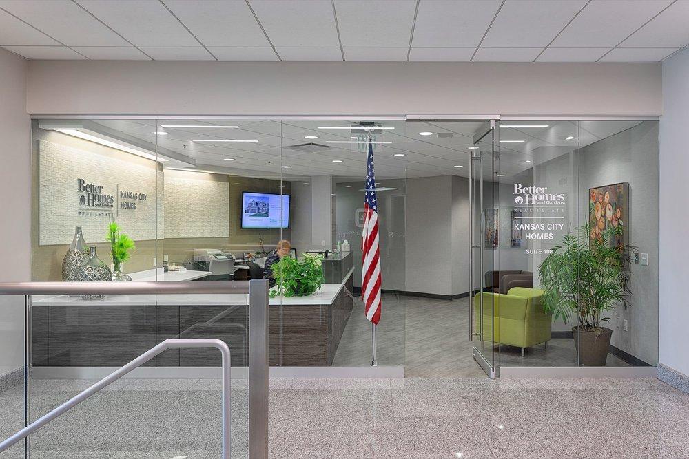 better_homes_gardens_office_entry.jpg