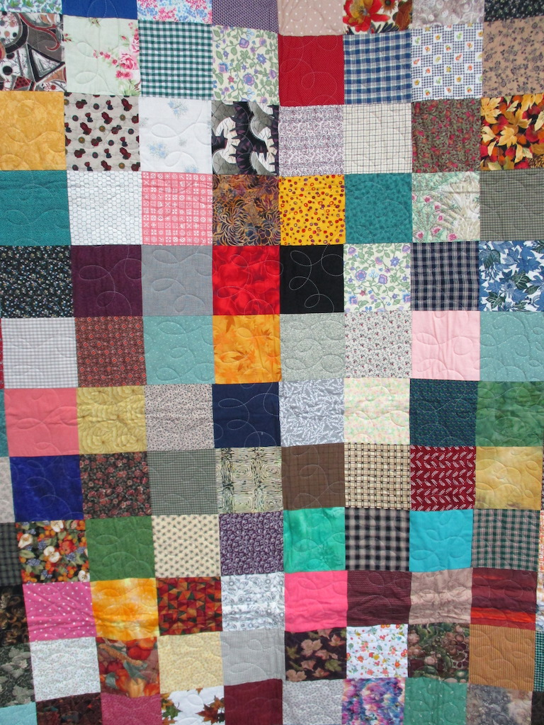 35, SCRAPPY NUMBER THREE (machine quilted), 59x76, Pieced by Mildred Groff, Donated by Cumberland Valley Relief Center