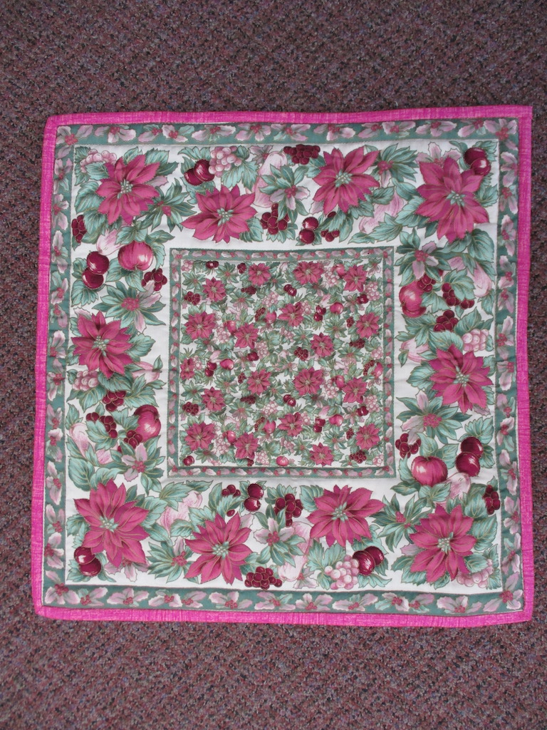 43, POINSETTIAS, 21x22, Quilted and Donated by Mt. Joy Mennonite Sewing Circle