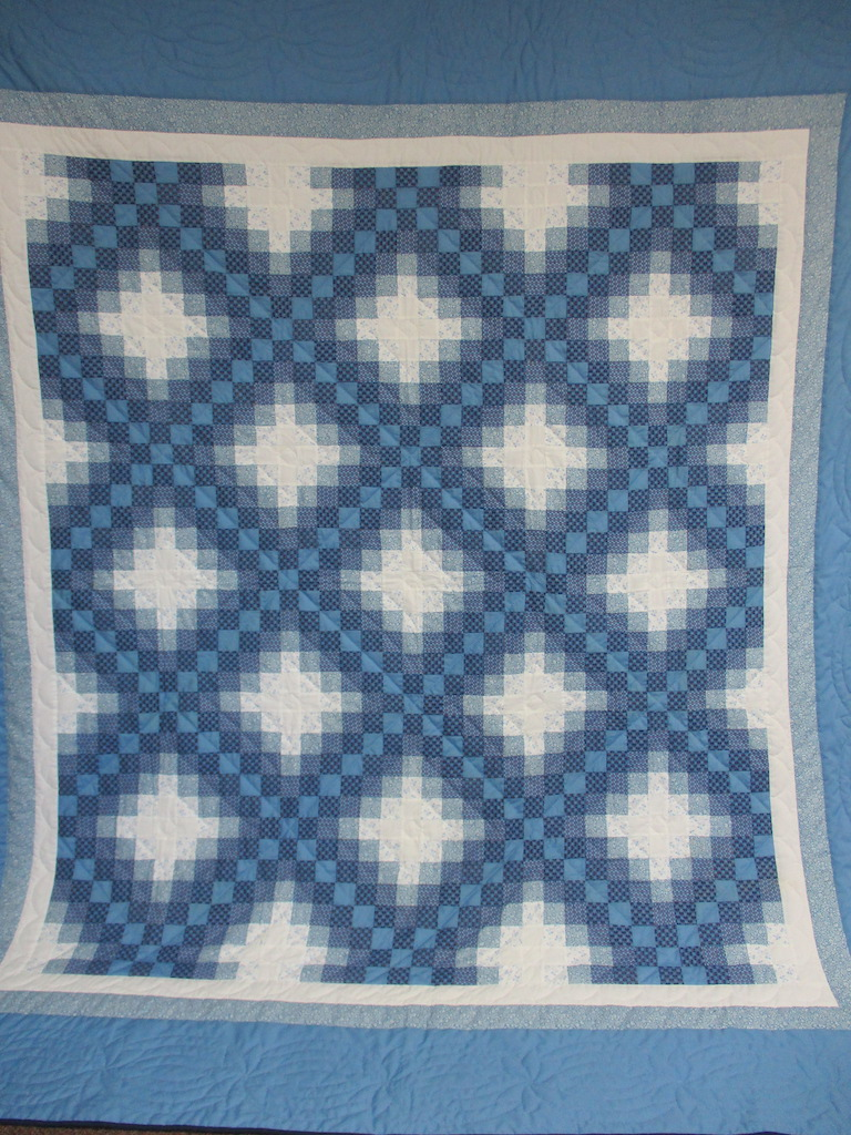 51, TRIPLE IRISH CHAIN (AGE SPOTS), 98x106, Pieced by The Late Olive Weaver, Donated by A Friend of MCC