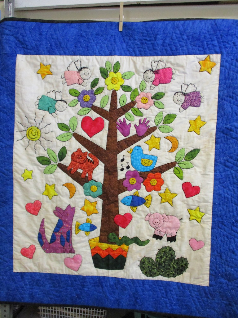 192, TREE OF LIFE (signed and dated), 35x38, Embroidered by Deb Wingerd, Appliqued by Monna Gayman, Quilted by Marie Eby