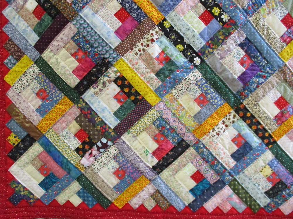 249, LOG CABIN DIAGONAL (signed and dated), 76x86, Pieced by Alice Whitehead, Quilted by Path Valley Amish