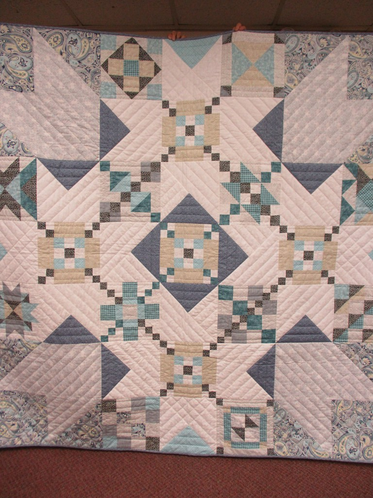 284, OCEAN BREEZE, 82x82, Pieced and Donated by Esther Swab, Quilted by MCC Volunteers