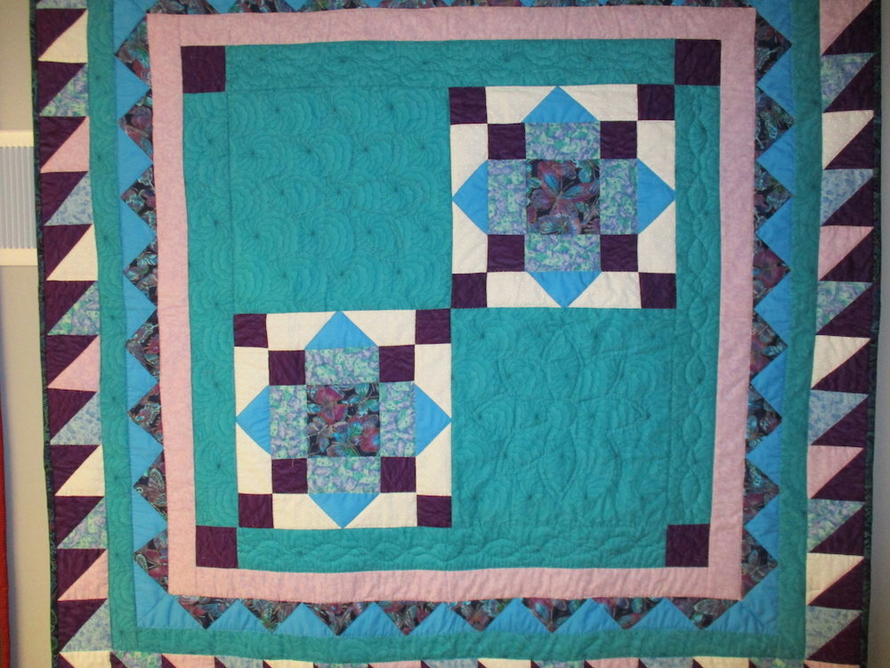 328, KING'S CROWN (signed and dated), 44x44, Pieced by Fran Fitz Kennedy, Quilted by Marie Eby