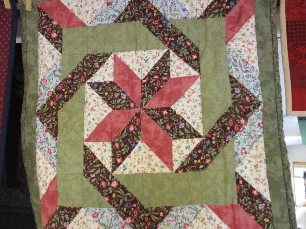 335, STAR (signed and dated), 18x18, Pieced and Donated by A friend of Cumberland Valley Relief Center, Quilted by Marie Eby