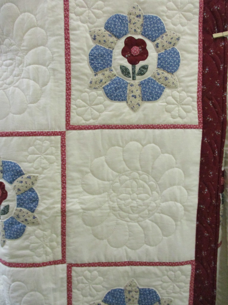 346, PROSPERITY ROSE (small spots, signed and dated), 75x88, Appliqued by Janet Martin, Quilted by Cora Horst