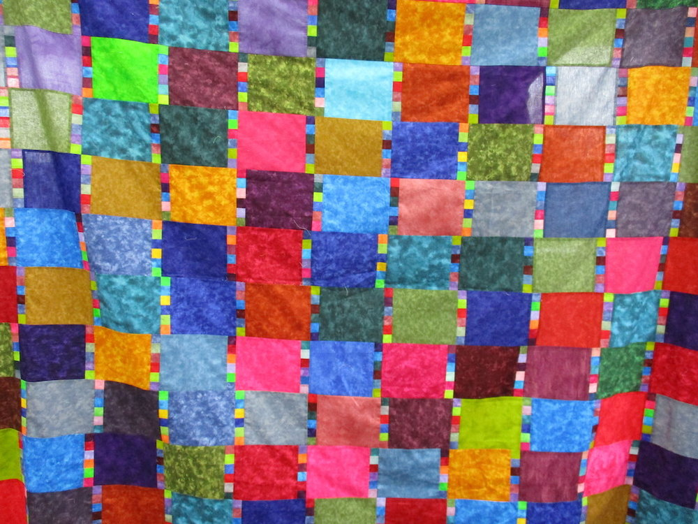 348, CALYPSO DEMONSTRATION QUILT, 82x96, Pieced by Connie Lapp