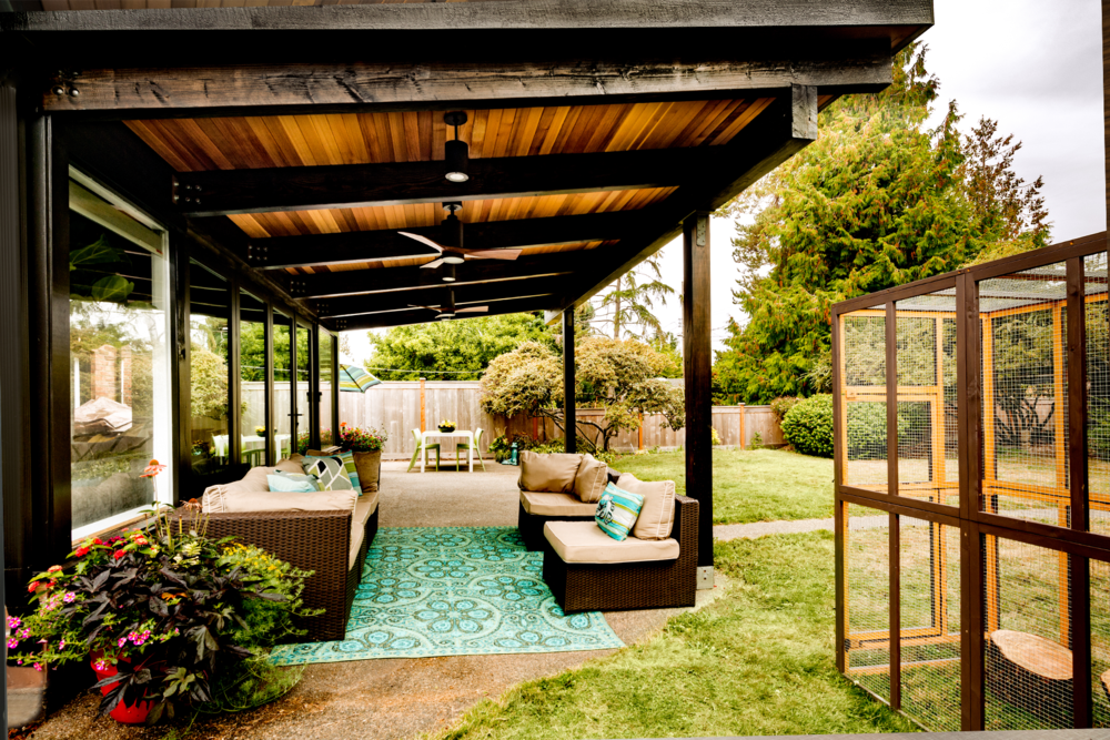 exterior patio.png