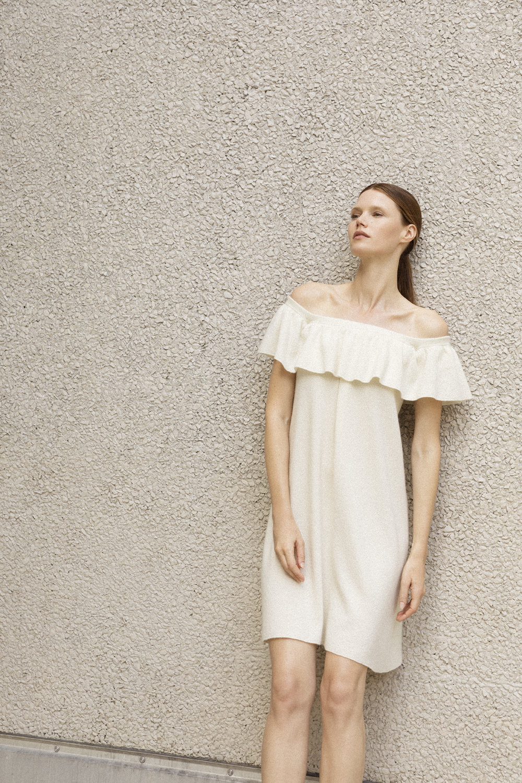 SHOULDERFREE DRESS CRISP