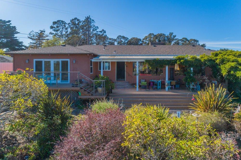 139 Scenic Street, Santa Cruz - 3 Bedroom | 2.5 Bathroom | 1,860 Sq. Ft.