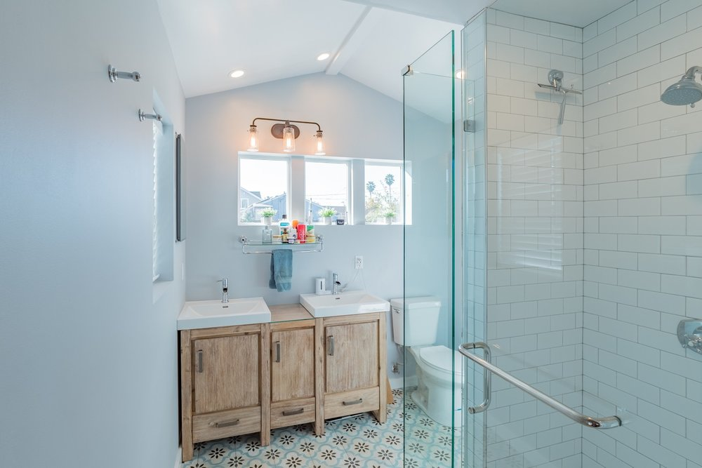 Updated Master Bathroom in House for Rent