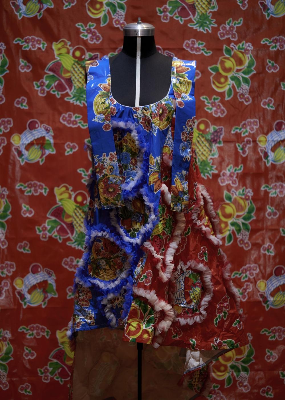 Vestido de Armando Takeda.