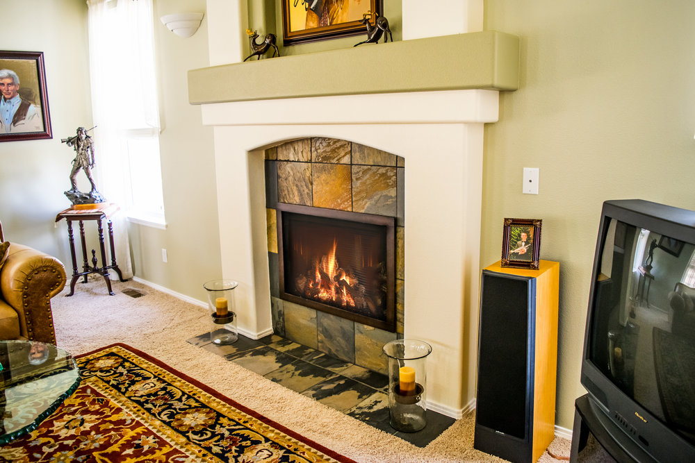 Mendota FV 34 Gas Fireplace