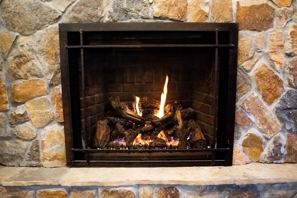 Mendota FV-46 - ‧ Direct Vent Gas Fireplace - 45,000 BTU‧ Red Soldier Course Brick Firebox Panels‧ Grace Wide Front W/ Accent Bars - Hammered Leather‧ Premium Fiber Oak Logs‧ Proflame2 Full Function Remote Control‧ Fan‧ Superior Quality‧ Largest viewing area‧ Terrific heater‧ Large selection of Fronts – Colors