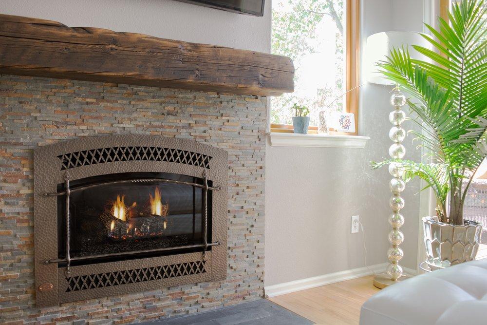 Fireplace Xtrordinaire 564 SS Gas Fireplace