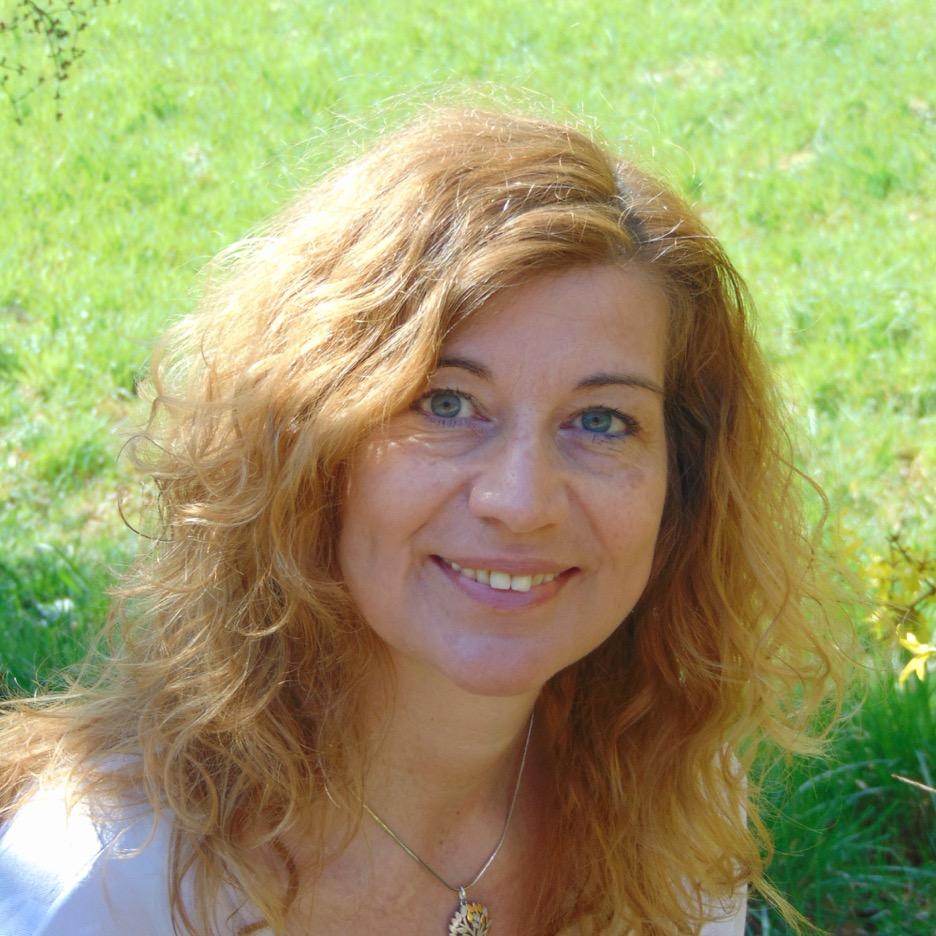 Mein Name ist Marita Gross,ich bin am 09. Mai 1969 im Sternzeichen Stier geborenund Mutter einer Tochter. -