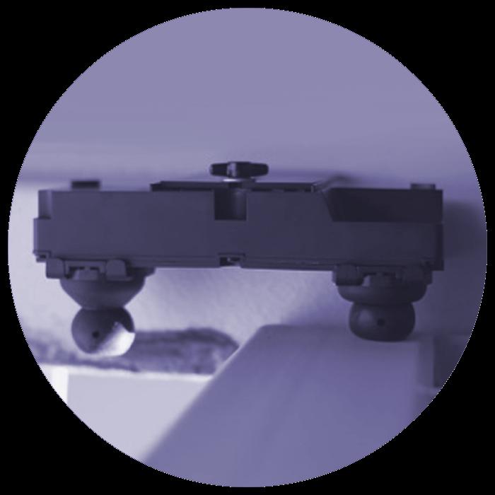 pross eyeseal device in peek hole 1 blue.png