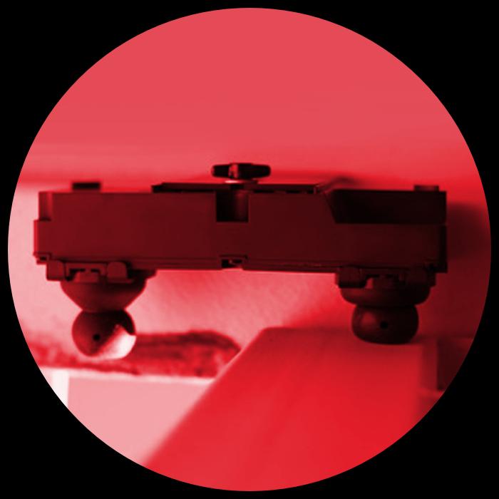 pross eyeseal device in peek hole 1 red.png