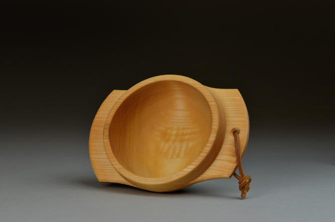 Handled birch bowl, 2016.