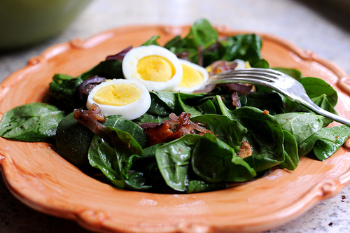 photo courtesy of Pioneer Woman  You don't have to tell us twice to eat our leafy greens when you add bacon! Pioneer woman uses bacon as a topping AND in the actual salad dressing. We couldn't dream up a better way to use BCVF thick-cut bacon.