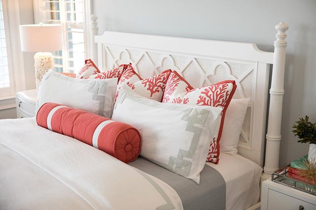 Fresh color scheme alert! Corals and soft blue grays. Soft but vibrant- this bedroom is all kinds of happy!⠀ .⠀ .⠀ .⠀ 📸 @andrewsherman⠀ ⠀ #amytyndalldesign #design #designer #interiordesign #interiordesigner #beautiful #wilmingtonnc #ilm #interiors #interiordetails #details #style #homedesign #decor #interiorinspiration  #customdesign #interiorstyle #interiordetails #homedesign #coastaldecor #decor #instadecor #homedecor #interiorinspo #instainterior #coastal #interior #lilypulitzer #greekkey #coastalliving⠀