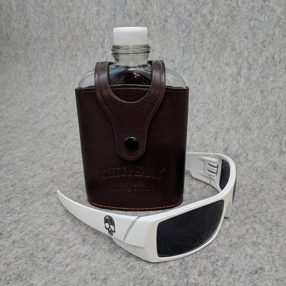 GlassesFlask.jpg