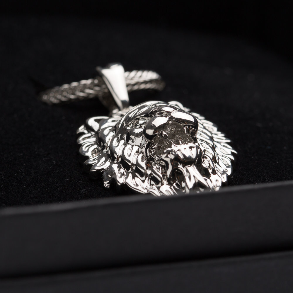 Certeris Jewellery Box and Silver pendant