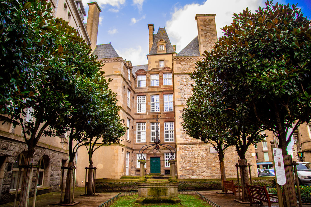 A typical architecture from the central part of Saint Malo
