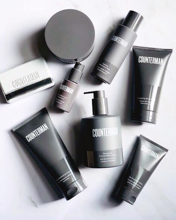 👋 Hello, Counterman! SO nice to meet you!  Today @beautycounter launched an-all new men's line that is safer and free of scary ingredients, everything from body wash, shave cream to beard oil and aftershave. It smells divine, and I have convinced my husband to switch from using his $1 store body wash (that was full of toxic yuck)! Also, get a free deluxe-travel-sized goodie-Cleansing Balm, Overnight Peel, or Charcoal Mask-when you purchase the Beard Regimen or the Shave Regimen (other regimens included in the promo, too!)! So cheers to safer and cleaner products for the men we love so much! They deserve cleaner, too! See the entire collection in the bio link! DM me for questions! #counterman #betterbeauty #saferskincare