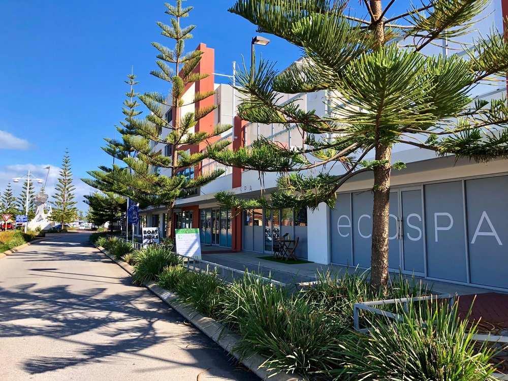 Coastal calm - Nestled right by Seashells Resort.8/16 Dolphin Drive, Mandurah, WA