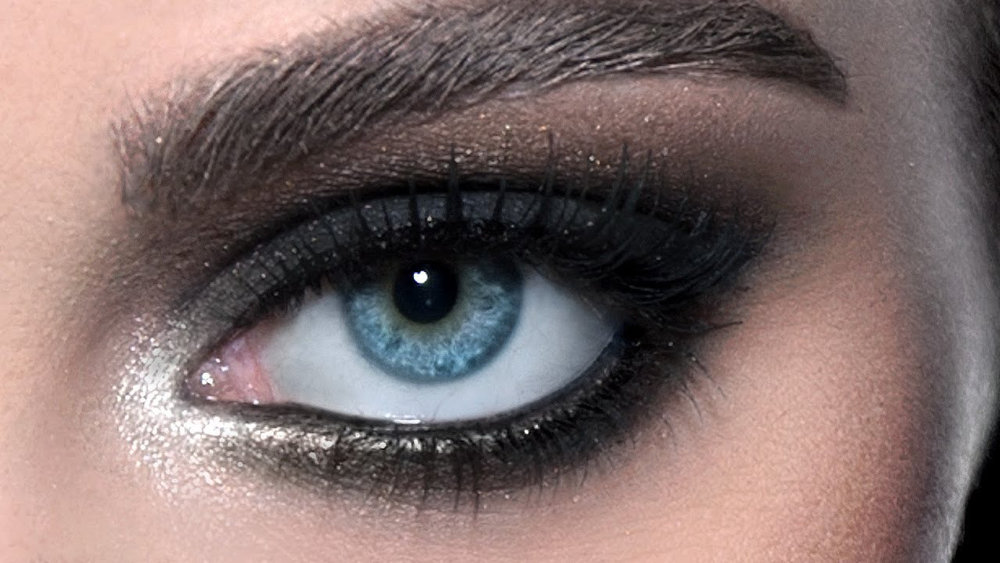 Awesome smokey eyes by  @jackgaaz