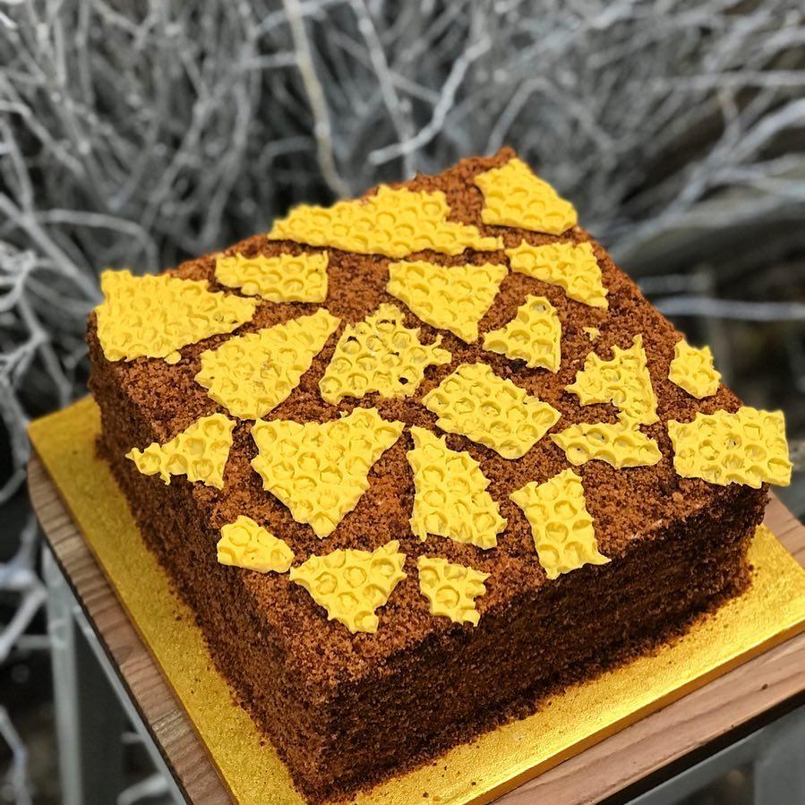 russian honey cake.jpg