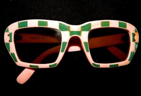 Etsy // 1960s Mod Sunglasses