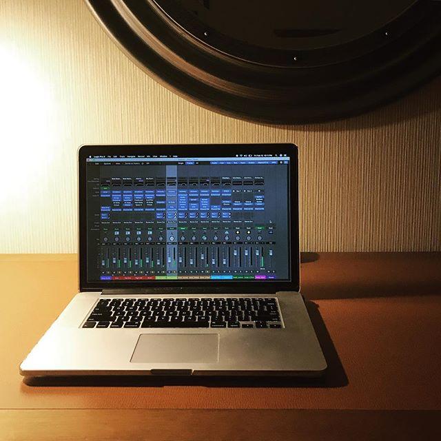 #makingmusic #hotel #electronicmusic