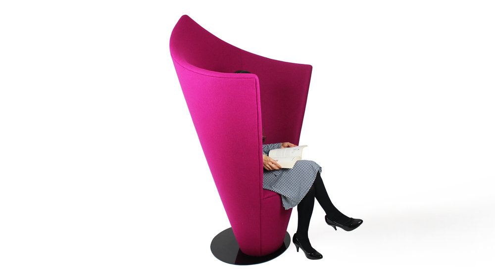 Embrace Privacy Chair 4.jpg